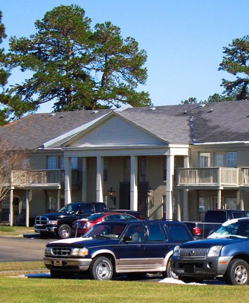 Lakeview Arms Apartments, Brookhaven, MS
